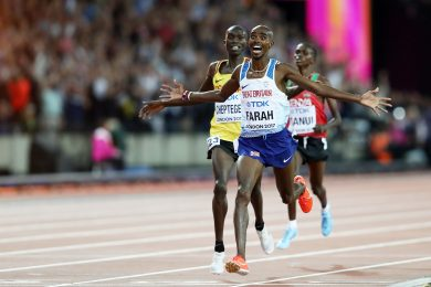LONDON, ENGLAND - AUGUST 04: Mo Farah of Great Britain celebrates winning gold in the Men's 10000 metres final during day one of the 16th IAAF World Athletics Championships London 2017 at The London Stadium on August 4, 2017 in London, United Kingdom. (Photo by Alexander Hassenstein/Getty Images for IAAF)